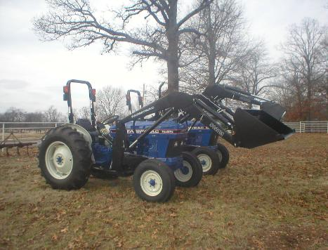 FarmTrac 545 with power steering has a 42 horsepower, 175 cubic inch Ford engine and it weighs 4160 pounds.  Get your FarmTrac 545 at Sundowner Tractor today!