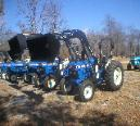 This FarmTrac 555 with power steering has a 50 hp, 192 cubic inch Ford engine and weighs over 4500 pounds!  Get your FarmTrac 555 at Sundowner Tractor today!  918-696-5965